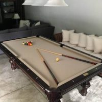 Lorient Pool Table